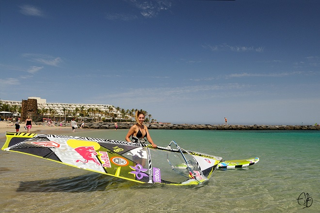 The Spot Windsurfing Club Las Cucharas
